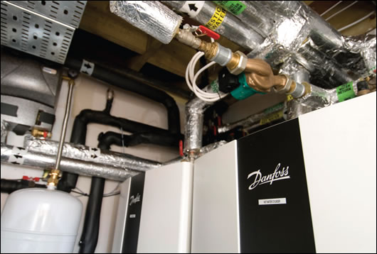 the Danfoss heat pump system