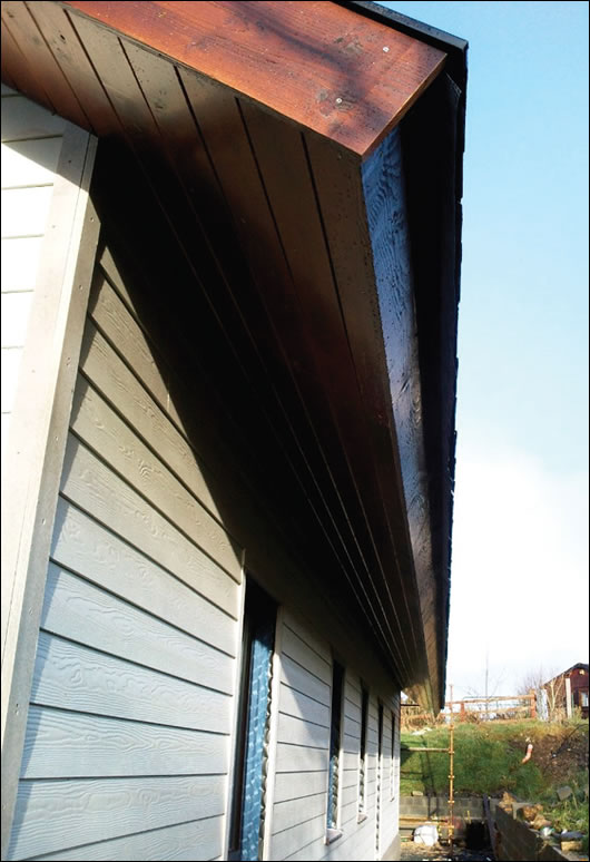 Outside the Gutex Ultratherm is a 40mm ventilated cavity and a Tegral Cedral weatherboard finish, seen here