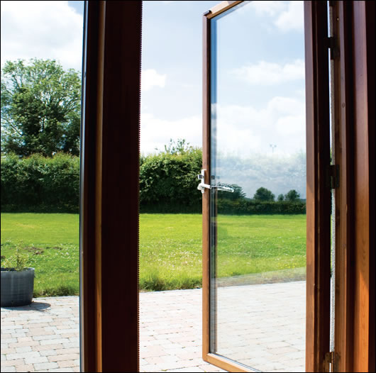 Tanumsföster triple glazed windows achieve a U-value of 0.92 W/m2K and a G-value of 61%