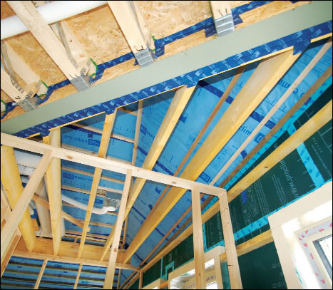 A pro clima vapour barrier and airtight membrane was installed to boost the airtightness